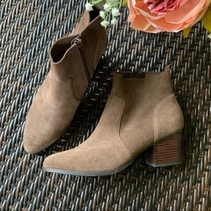 CROWN VINTAGE | Suede Style Ankle Bootie